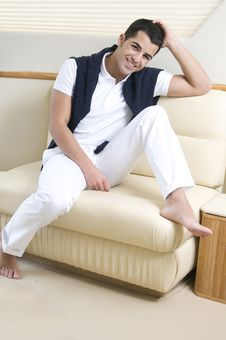 Free Man Wearing White Clothes Laughing Royalty Free Stock Photo - 8206965