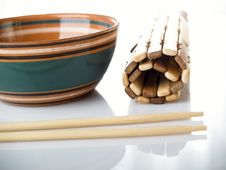Free Chopstick Cup Royalty Free Stock Images - 8209089