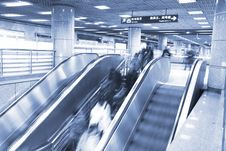 Free Escalator Royalty Free Stock Photos - 8211388