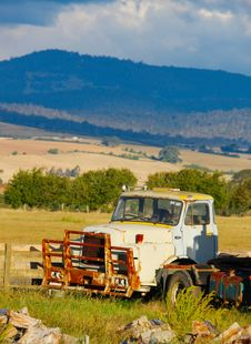 Free Old Truck Royalty Free Stock Photography - 8214107