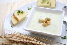Free Fresh Soup Royalty Free Stock Photography - 8215107