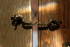 Free Metallic Hook On A Vintage Wooden Door Stock Photos - 8215323