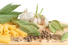 Free Macaroni With Bay Leaves And Spice Royalty Free Stock Photo - 8218355