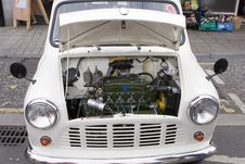 Free Classic Mini Engine Stock Photo - 8218680