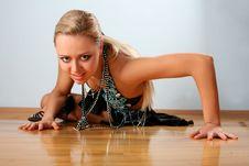 Free Latin Dancer Royalty Free Stock Image - 8219566