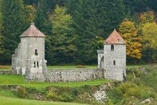Free Castle Ruins Royalty Free Stock Photography - 8220537