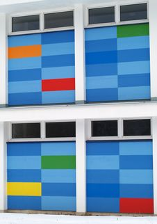 Free Rainbow Coloured Modern Building Stock Photos - 8225263