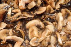 Free Roasting Mushrooms Royalty Free Stock Image - 8226176