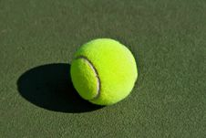 Free Yellow Tennis Ball Royalty Free Stock Image - 8228696