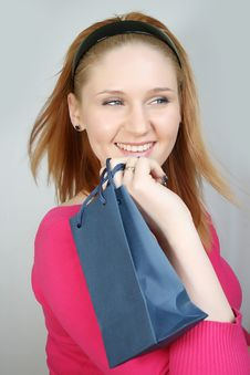 Free Woman With Shopping Bag Royalty Free Stock Photos - 8229758