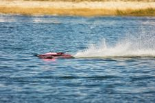 Free A Model Hydroplane Runs Fast Royalty Free Stock Photo - 8229995