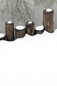 Free Wooden Fence In Snow. Stock Photography - 8230652