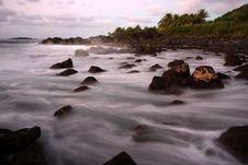 Scenic Hawaiian Shoreline At Dusk