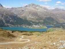 Free Beautiful Hiking Trail Stock Photos - 8233853