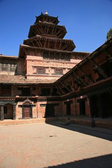 Free Temples In Patan Royalty Free Stock Images - 8234449