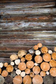 Free Logs At Wall Royalty Free Stock Image - 8234466