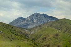 Free Crimean Mountains Royalty Free Stock Images - 8235709
