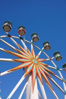 Free Ferris Wheel Royalty Free Stock Photography - 8236077