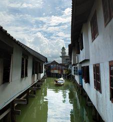 Free Muslim Floating Village View Stock Photo - 8237090