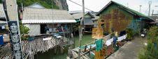 Free Muslim Floating Village Street Royalty Free Stock Photography - 8237097