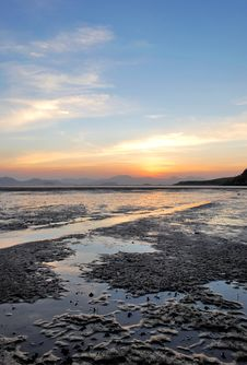 Sea Mudflat And Blue Sky Royalty Free Stock Photography