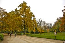 Free Parc Monceau Stock Photography - 8239942