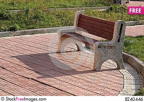 Free Garden Bench Royalty Free Stock Image - 8240446