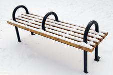 Free A Bench On The Snowfield Stock Photography - 8241732