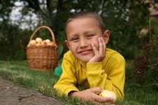Free Boy With Apples Stock Photography - 8243052