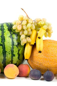 Free Fresh Fruits Royalty Free Stock Images - 8243579