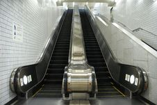 Free An Escalator Stock Images - 8243854