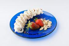 Free Strrawberry Banana Dessert Royalty Free Stock Photography - 8249457