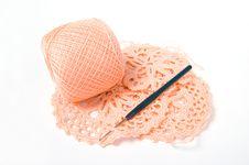 Free Yarn Ball And Crochet Hook Royalty Free Stock Image - 8250526