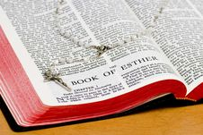Free Rosary Bible Page - Esther Royalty Free Stock Images - 8252229