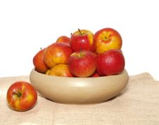 Free Basket Of Apples Stock Images - 8252564
