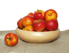 Free Basket Of Apples Stock Photography - 8252692