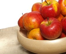 Free Basket Of Apples Stock Images - 8252704