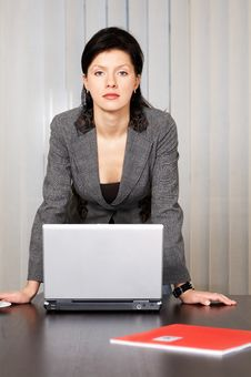 Free Pensive Caucasian Businesswoman Stock Images - 8258084