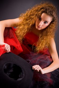 Free Red-haired Girl Holding Hat Stock Photos - 8258233