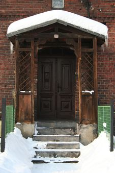 Free Old Doors In Winter Time Stock Photography - 8260312