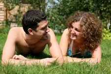Free Couple Outdoors Royalty Free Stock Photography - 8260877