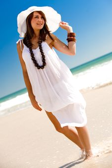 Free Posing In The Sun Royalty Free Stock Image - 8264356