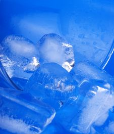Free Ice Cube Royalty Free Stock Photos - 8265518