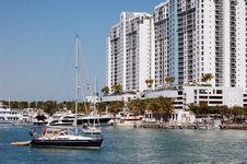 Free Miami Beach Marina And Condo Complex Stock Images - 8269464