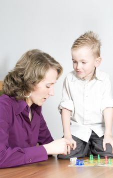 Free Mother And Son Royalty Free Stock Photography - 8269947