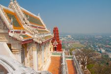 Free Pagoda And Palace On The Mountain. Royalty Free Stock Photography - 8271457