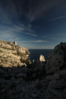 Free Splendid Cliffs (Calanques) Royalty Free Stock Photography - 8271627