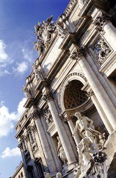 Free Rome: The Fontana Di Trevi Royalty Free Stock Image - 8272086