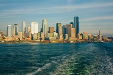 Free Seattle Skyline From Ferry Boat Royalty Free Stock Photo - 8275305
