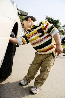 Free Boy Washing Car Stock Photography - 8277592